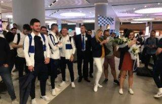 Chelsea, Süper Kupa finali için İstanbul'a...