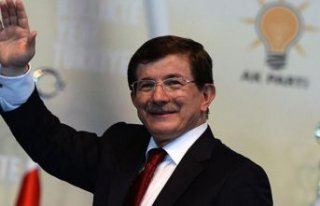 CHP'li eski vekilden Davutoğlu'na destek