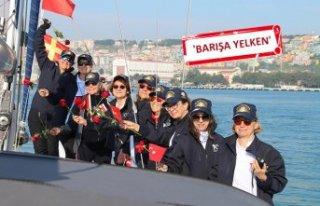 Dünya Barış Günü'nde kadın denizciler Ege...