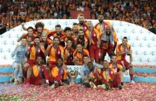 Galatasaray Süper Kupa'nın sahibi oldu