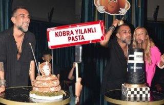 Hakan Akkaya'ya sürpriz doğum günü
