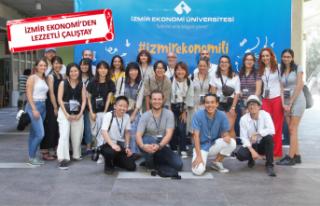 Japonlar, İzmir'in sokak lezzetlerini araştırıyor
