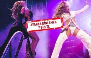 Jennifer Lopez konser için hazır