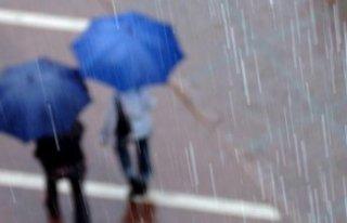 Meteoroloji'den 3 il için kuvvetli yağış...