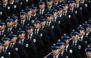 Polis olmak isteyenlerin merak ettikleri soru!