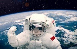 Tarihte ilk kez bir Türk uzaya gidiyor: Ruslarla...