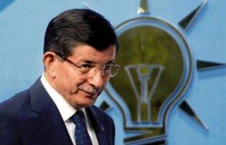 Davutoğlu'ndan flaş hamle! Eski AKP'lilerle...