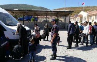 Foça'da 2 ayrı operasyon: 3 organizatör tutuklandı