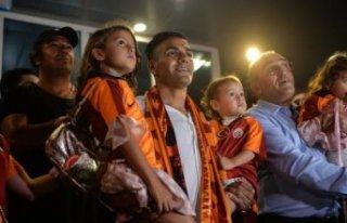 Galatasaray'ın yeni transferi Falcao, İstanbul'a...