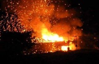 KKTC'de askeri bölgede art arda patlamalar meydana...