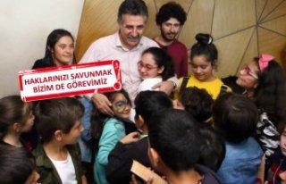 Bayraklılı çocuklar 'hakları' için...