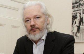 İsveç'ten Assange için flaş karar