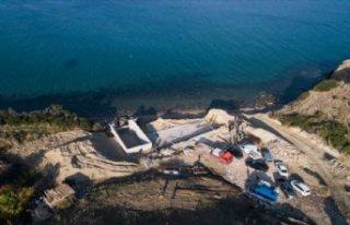 Karaburun'daki sit alanına yapılan inşaatta...