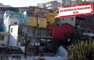 İzmir'de gecekondulara makyaj yapıldı