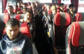 33 Mülteci Yakalandı