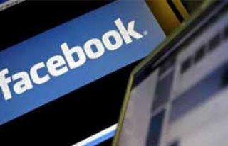 Facebook Sizi Satacak!