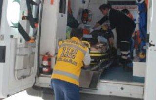 Otomobil Tarlaya Uçtu: 5 Yaralı