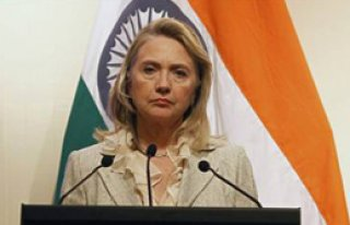 Clinton Pakistan'ı Azarladı