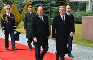 'Türkiye'nin AB Süreci Sürmeli'