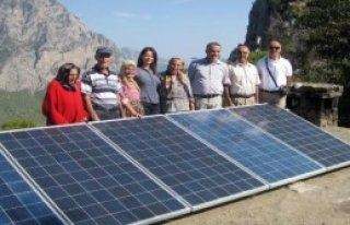 64 Yıllık Karanlıktan Güneş Enerjisi Kurtardı