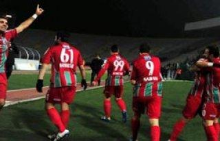Karşıyaka Gol Şov Yaptı