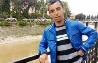 Otomobilin Çarptığı 17 Yaşındaki Genç Öldü