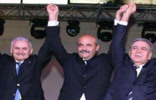 AK Parti'yi Kurdu CHP'ye Geçti