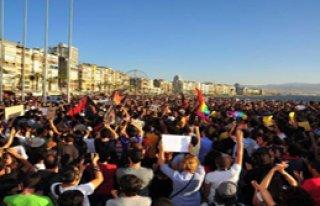 Eylemciler Sökülen Fidanlar İçin Yürüdü
