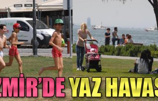 İzmirliler Deniz Kenarına Akın Etti