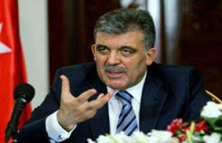 Cumhubaşkanı Gül Ankara'ya Gitti