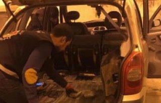 Sınır Kapısında 9 Kilo Esrar, 2 Tutuklama