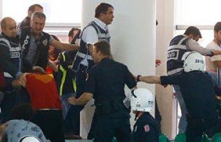 Hentbolda Göztepe'ye Saha Kapatma Cezası