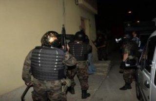 Adana'da Tefeci Operasyonu 9 Gözaltı
