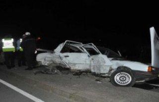 Akyazı'da Kaza: 2 Ölü, 3 Yaralı