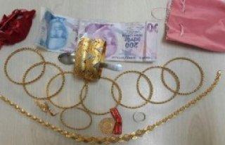 Altınları Çalan Zanlı Yakalandı