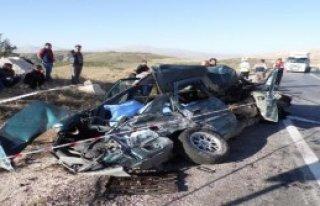 Antalya'da Aşırı Hız Faciası: 4 Ölü, 20 Yaralı