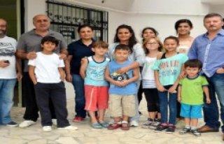 Apartman Sitesinde Çocuk Meclisi