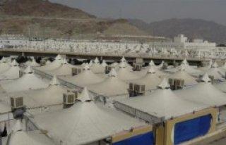 Arafat'ta Son Hazırlıklar Yapılıyor