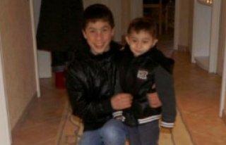 Anneleri Öldürülen İki Kardeşi, Almanya'da Yaşayan...