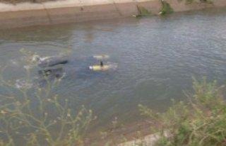 Baba Ve Oğlu Sulama Kanalında Kayboldu