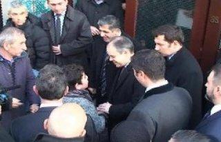 Brüksel Fatih Camii'nde Namaz Kıldı