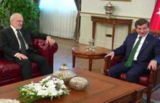 Başbakan Davutoğlu, Irak Dışişleri Bakanı Caferi'yi...