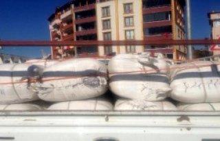 Bayır Bucak Türkmenlerine Battaniye ve Çadır