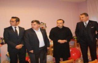 Beşiktaş'ın Yenilediği Okulu Başkan Fikret Orman...