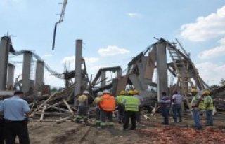Beton Dökülen İnşaatta Göçük: 5 İşçi Yaralı