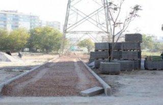 Bornova'da Yol Çalışmaları Sürüyor
