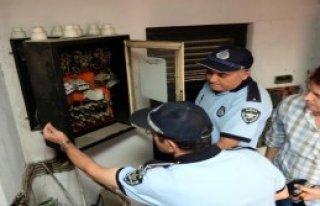 Bursa'da Bakımsız Asansörlere Mühür