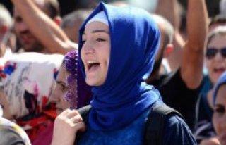 Adana'da Gergin IŞİD Protestosu