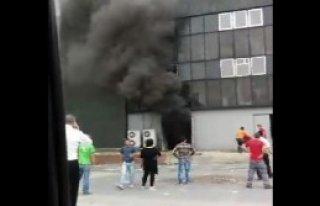 Fuar Merkezi'nde Yangın Heyecanı