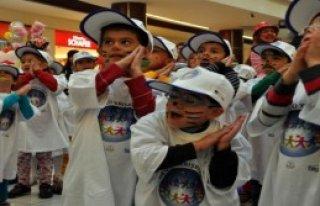 Çocuklar, AB Çocuk Festivalinde Coştu
